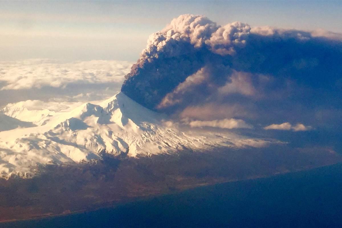 03-27-2016-Alaska-Pavlof-Volcano