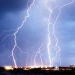 Lightning_NewMexico_2004_Wikimedia