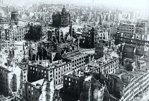 Dresden Firebombing - Feb 1945